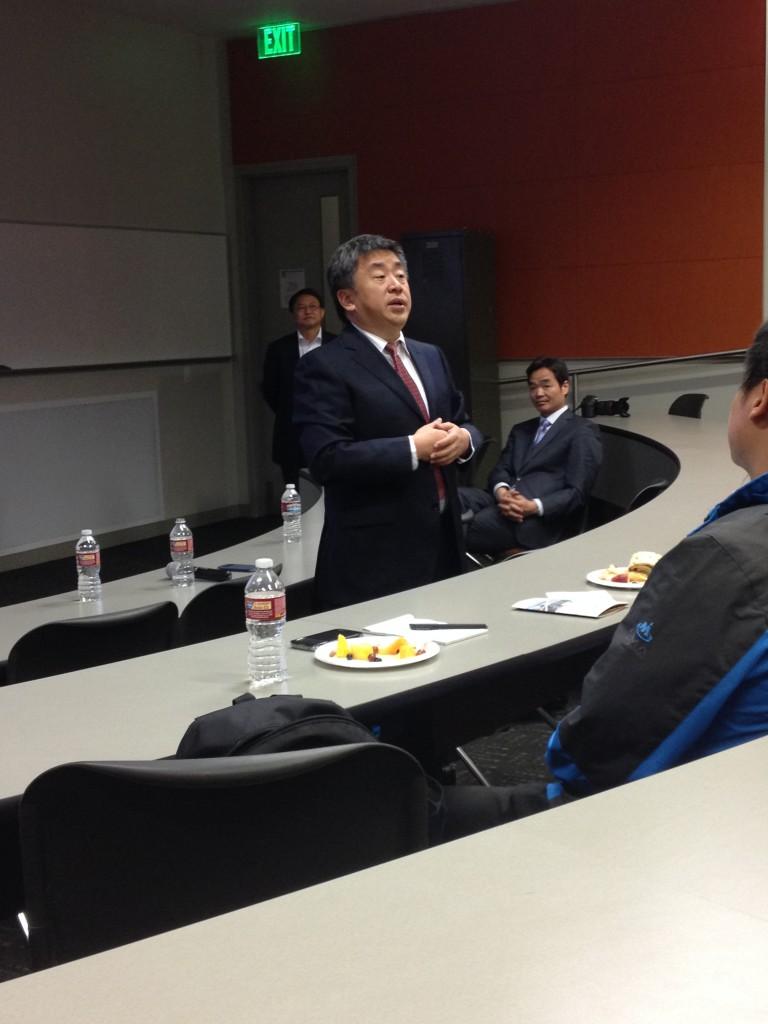 合肥工业大学副校长吴玉程回答提问